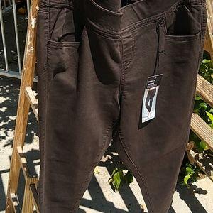Torrid Denim Stretch 4LEAN Jeans/Brown Size 1